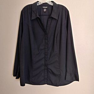 Lane Bryant Button Down Black Long-Sleeve shirt